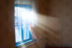 sunlight-through-window-300x200